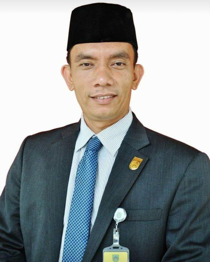 Anggota DPRD Rohul Periode 2004-2009 dan 2009-2014, Ismail Hamkaz MSi