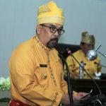 Wakil Gubernur Riau H Edy Natar SIP membacakan sambutan Gubernur Riau saat menghadiri rapat paripurna dalam rangka Peringatan HAri JAdi ke 20 Kabupaten Rohul di Gedung DPRD Rohul