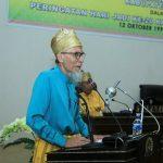 Tokoh Pendiri Rohul H EH Daulay memberikan sambutan tentang sejarah berdirinya Kabupaten Rohul saat menghadiri rapat paripurna dalam rangka Peringatan HAri JAdi ke 20 Kabupaten Rohul di Gedung DPRD Rohul