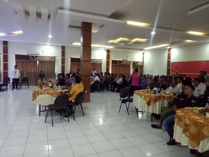 Suasana peserta diskusi publik tentang 20 Tahun Kabupaten Rokan Hulu, Masihkah Kita Miskin?
