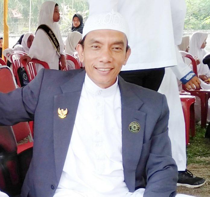 Tokoh Masyarakat Luhak Kepenuhan, Ismail Hamkaz SAg MSi