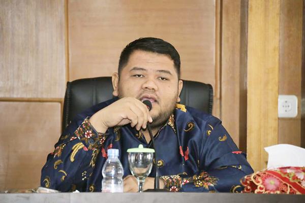 Ketua DPRD Rohul Novliwanda Ade Putra